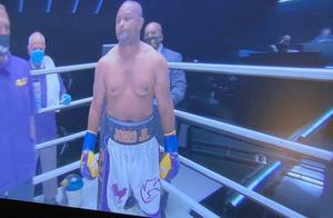 泰森复出战对阵小罗伊-琼斯 后者拳套颜色和号码致敬科比