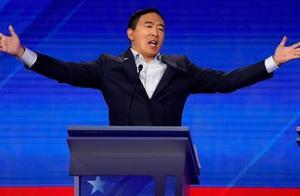 华裔杨安泽竞选纽约市长:曾参选美总统 承诺给每人发1000美元