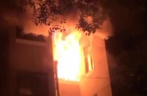 火已经烧到天花板!关键时刻,上海9岁男童救了全家和邻居,连消防员都夸他做得好