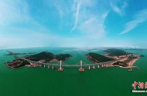 建桥禁区中的中国奇迹!世界最长公铁跨海大桥建成通车