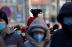 12月28日全球疫情观察:至少24国日增确诊超千例 著名钢琴家傅聪在英国感染新冠