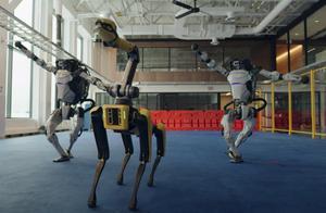 波士顿动力机器人全体出动,奉上新年之舞