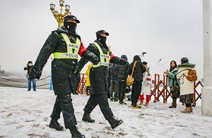 青岛市公安机关启动应对城市冰雪灾害三级响应