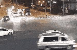 乐山交警曝光十大危险驾驶行为,不按规定让行引发事故率最高