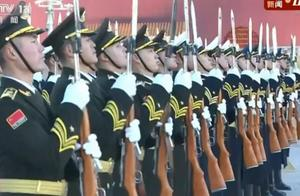 天安门广场新年首次升旗仪式画面来了!2021,中国会越来越好