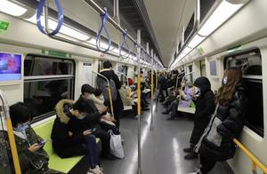 四天制止不戴口罩行为926起 北京地铁对不听劝阻者进行报警处置