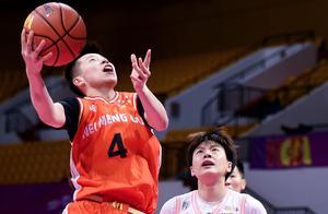内蒙古队两战两胜 击败新疆队夺WCBA总冠军