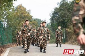 武警湖南总队新年全面开训 近千官兵赴生疏地域展开冬季野营拉练