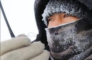"""""""冷哭了""""!都说全球气候变暖了,为何寒潮还来得这么凶猛?"""