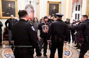 华盛顿特区宣布实施全市宵禁,国民警卫队严阵以待