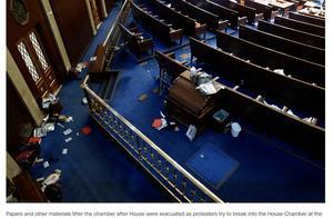 支持者闯入国会大厦,特朗普仍称选举被窃取