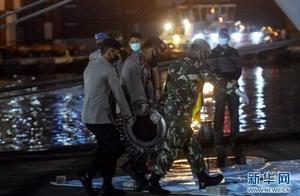 印尼官员说已确定失事客机黑匣子位置