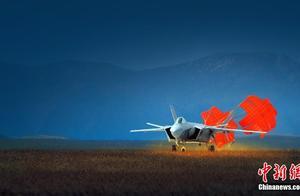 歼20飞机首飞10周年:翱翔蓝天的歼20战斗机