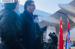 中国疫苗来了,总统亲自接机