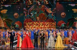 北京台春晚首波阵容公布 吴亦凡腾格尔合唱《大碗宽面》