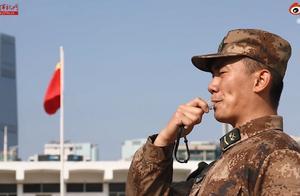 牛!驻香港部队活字印刷术式拜年,网友惊叹:以为看到了led屏
