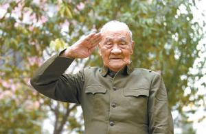 """93岁抗美援朝老兵傅胜才:""""入党让我成长为共产主义战士"""""""