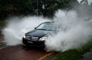 澳大利亚新南威尔士州洪水肆虐