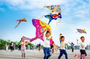 教育部:确保儿童每天坚持锻炼时间不少于1小时