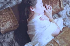 章子怡新剧造型曝光,41岁演少女也不显老,曾为拼二胎脱发严重