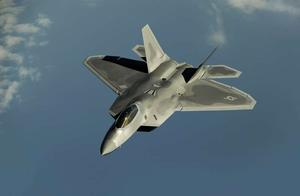 在亚利桑那州,一架美国F-35B战斗机击落了自己
