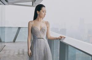 白冰因高定礼服被群嘲,她其实是受害者,品牌方操作败好感