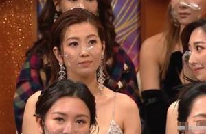 TVB视帝王浩信被曝频出轨,和小三同台封帝后?老婆表情有意思