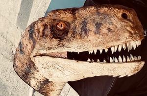 《侏罗纪世界3》曝光新片场照,新恐龙登场,会是迅猛龙的对手?