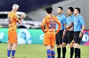 京鲁大战的VAR之惑!中国足球的VAR之祸?