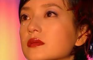 楚楚动人的琼瑶女神落泪:眼里有星辰泪珠似银河,这才叫美哭了