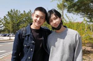 在军队中也发光的SHINee义气:珉豪为泰民回归送上应援