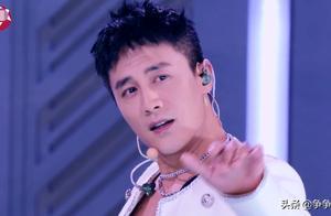 杜淳rap首秀,油腻表情包像极了喝假酒,杨幂再次被辣眼睛