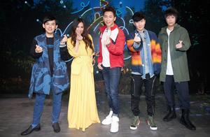 「亚洲唱作天王」林俊杰举办线上直播见面会,透露新作品引发惊喜