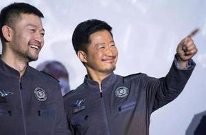 《流浪地球2》定档2023年,看到愉快的吴京想到了倒霉的鹿晗