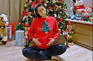 胡杏儿宣布三胎喜讯,预产期在明年中旬,怕有特权隐瞒怀孕录节目