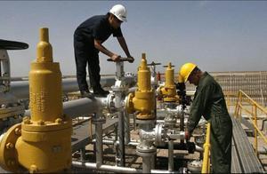 形势严峻了,伊朗油轮无人敢收,石油一滴卖不出去,美:快投降吧