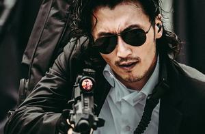 谢霆锋新片演反派悍匪,扔手榴弹动作潇洒,一记帅气抬头杀太迷人
