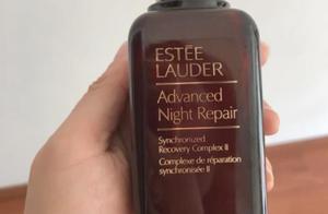 冬天的时候想皮肤水润嫩滑,精华是最不能缺少的补水保湿产品哦
