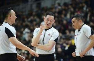 天津男篮逆转失败,追分阶段连续遭受争议判罚,王仕鹏直言误判