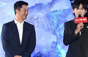 吴京和千玺合照搞怪求关注,看他与千玺的相处,战狼3主演有望了