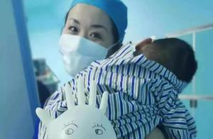"""赞!医院用玩具车接孩子进手术室,网友直呼""""太暖了"""""""