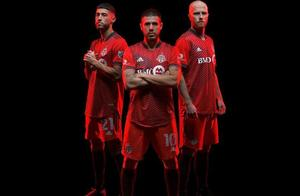 阿迪达斯发布多伦多FC 2021赛季主场球衣