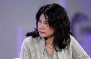 硕士论文研究董明珠自恋火了!作者:她的自恋影响了业绩