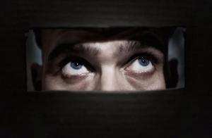 """""""裸奔""""时代,我们该如何保卫自己的隐私"""
