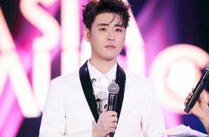 深圳亚洲音乐盛典,张云雷和他的粉丝们表现究竟如何?无可挑剔