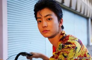 撞了两人后肇事逃逸,日本男演员伊藤健太郎被逮捕