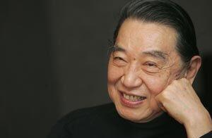 86岁钢琴家傅聪确诊新冠,已住院两周不乐观,其夫人3天便出院