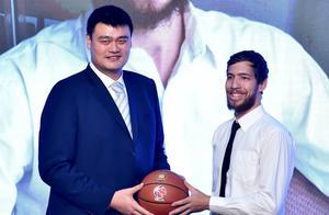 姚明用人真有魄力!为中国篮球作出正确决定,为CBA做了好榜样