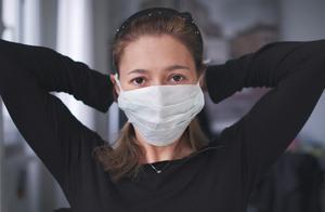 美国病毒感染人数,冲破1000万!全国各地都告急,乡镇最严重