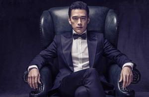46岁王耀庆穿超短裤录综艺,遭吐槽像油腻大叔,网友直呼辣眼睛